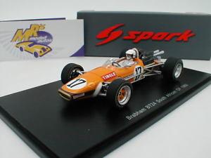 【送料無料】模型車 スポーツカー スパークアフリカグランプリサムブラバムspark s5255 brabham bt24 from the south african gp 1969 sam tingle 143