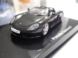 【送料無料】模型車 スポーツカー モデルブラックポルシェカレラgtダイカスト143 nib