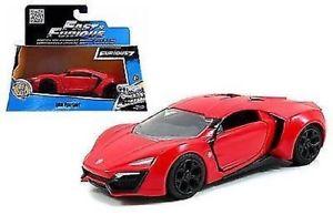 【送料無料】模型車 スポーツカー モデルレッドスケールオリジナルfast furious model lykan hypersports red scale 132 original jada toys