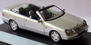 【送料無料】模型車 スポーツカー メルセデスベンツclk208199899143schucomercedes benz clk a 208 cabriolet 199899 silver metallic 143 schuco