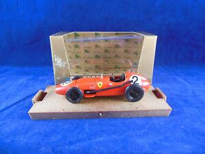 【送料無料】模型車 スポーツカー マイクホーソーンスケールフェラーリbrumm r68 1957 ferrari d246 in red mike hawthorn rn 2 hp 215 scale 143