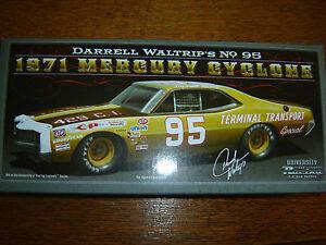 【送料無料】模型車 スポーツカー #トランスポート95 darrell waltrip 1971 mercury terminal transport 124 nascar legends in stk