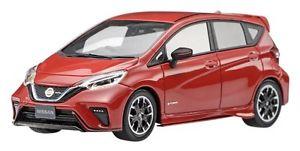 【送料無料】模型車 スポーツカー ニスモガーネットレッドスケールebbro 45442 nissan note epower nismo garnet red 143 scale