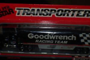 【送料無料】模型車 スポーツカー matchbox 1989dale earnhardt signature on cab transporter haulerrare mibmatchbox 1989 dale earnhardt signature on cab trans
