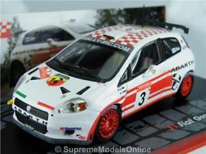 【送料無料】模型車 スポーツカー フィアットグランデプントラリーカーモデルfiat grande punto s2000 rally car model alen 143rd whitered example t3412z