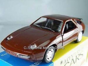 【送料無料】模型車 スポーツカー ポルシェモデルスケールブラウンカラースキームporsche 928 gt car model 143rd scale brown colour scheme example pkd t3412z