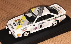 【送料無料】模型車 スポーツカー オペルマンタビリーコールマンアイルランドラリーコード143 vitesse opel manta 400 billy coleman 1984 circuit of ireland rally code 3