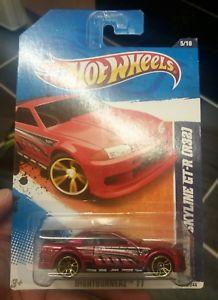 【送料無料】模型車 スポーツカー ホットnissan skyline gtr r32nightburnerz 11hot wheels nissan skyline gtr r32 red nightburnerz 11