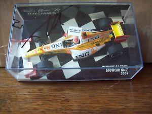 【送料無料】模型車 スポーツカー ルノープラスチックフェルナンドアロンソ143 renault 2009 showcar no 7 fernando alonso signed on plastic lid