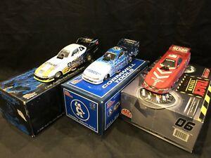 【送料無料】模型車 スポーツカー 3listing124ディーンskuzaジョンエンジンロット listing124 dean skuza john force funny cars lot of 3