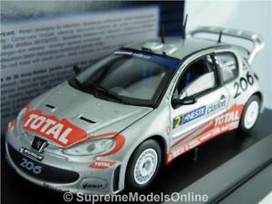 【送料無料】模型車 スポーツカー プジョーラリーモデルカースケールグロンホルムpeugeot 206 wrc 2002 rally model car 143 scale 1586 solido gronholm k8q