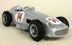 【送料無料】模型車 スポーツカー スケールコケメルセデスベルギーモデルカーiscale 118 scale s moss mercedes w196 f1 1955 2nd belgian gp resin model car