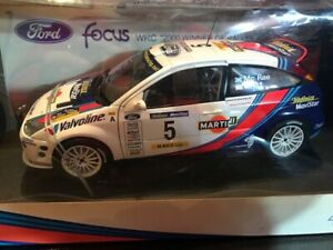 【送料無料】模型車 スポーツカー フォードフォーカスマクレー#ラリーカタルニア118 autoart ford focus wrc 2000 mcrae grist 5 winner of rally catalunya