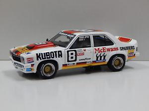 【送料無料】模型車 スポーツカー 118ホールデンlxトラーナa9xセダン1978バサーストブラバムミュアー887866118 holden lx torana a9x sedan 1978 bathurst brabhammuir 8 auto art 87866
