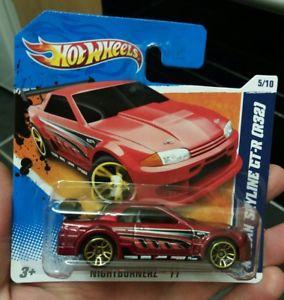 【送料無料】模型車 スポーツカー ホイールスカイラインショートカード listinghot wheels nissan skyline gtr r32 2011 short card