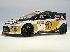 【送料無料】模型車 スポーツカー スケールロバートクビサラリーコードモデルフォードフィエスタ118 scale robert kubica rally casentino 2014 code3 model ford fiesta wrc