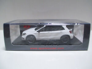 【送料無料】模型車 スポーツカー ミントスパークメルセデスベンツベンツミニカーmint 1 43 spark mercedes benz mercedesbenz gla 45 amg 2015 minicar white