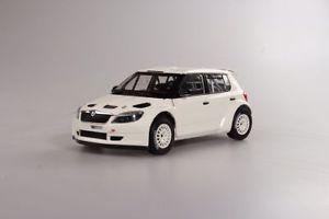 【送料無料】模型車 スポーツカー シュコダファビアabrex skoda fabia ii fl s2000 2010 118 118xab604e