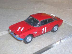 【送料無料】模型車 スポーツカー アルファロメオジュリアモンツァジョイントオープンalfa romeo giulia gta 4 h monza 1967 joints bog 143 true open