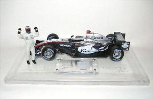 【送料無料】模型車 スポーツカー マクラーレンメルセデスキミライコネンファブリックフォーミュラmclaren mercedes kimi raikkonen with fabric part formula 1 2005