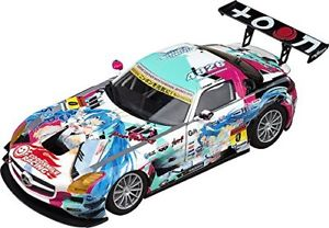 【送料無料】模型車 スポーツカー good smile hatsune miku sls 2015ver 132ミニチュアgsc good smile hatsune miku sls 2015 season opening ver 132 miniature car gsc