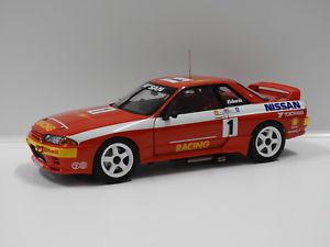 【送料無料】模型車 スポーツカー スカイラインrリチャーズ#オートアート118 nissan skyline gtr r32 1992 atcc jrichards 1 auto art 89277