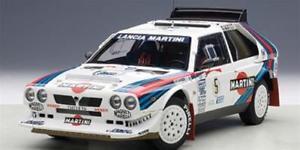 【送料無料】模型車 スポーツカー ランチアデルタs4マティーニラリーアルゼンチン1986biasion autoart 118 aa88621lancia delta s4 martini winner rally argentina 1986 biasion autoart