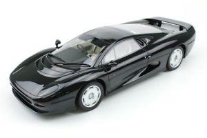 【送料無料】模型車 スポーツカー ジャガーxj220 1992 118トップモデルカー
