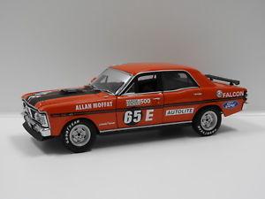 【送料無料】模型車 スポーツカー フォードバサーストモファットビアンテ118 ford xy falcon gtho 1971 bathurst winner amat 65e biante 37181