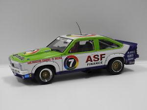 【送料無料】模型車 スポーツカー ホールデンモリスオートアート118 holden lx torana a9x 1979 atcc winner bmorris 7 auto art 87963