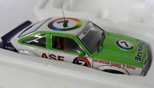 【送料無料】模型車 スポーツカー ボブモリスホールデン×#118 bob morris holden lx torana ss a9x 1979 atcc winner 7 autoart a87963