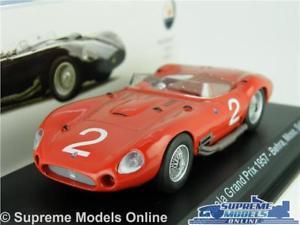 【送料無料】模型車 スポーツカー マセラティマセラティカーモデルサイズベネズエラグランプリコケネットワークmaserati 450 s car model 143 size venezuela grand prix moss behra 1957 ixo t4