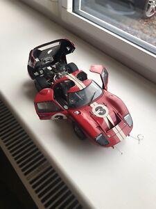 【送料無料】模型車 スポーツカー 1967 24 exotoフォードgt40デイトナシェルビーアメリカ1181967 exoto ford gt40 daytona 24 hours shelby american 118