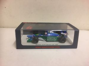 【送料無料】模型車 スポーツカー スパークベネトンスケールモデルカーspark  f1 1994 benetton b194  jj lehto 143 scale model car  s4482