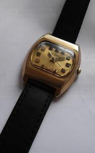 【送料無料】腕時計 キャリバーraketa televizor montre mcanique plaque or calibre 2628h made in urss 1970