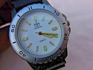 【送料無料】腕時計 プレートトヨタカムリデボンfine montre plate mixte toyotacamry,bonne conservation de 1970,b etat general