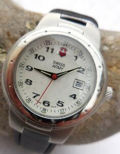【送料無料】腕時計 ブレスレットヌフancienne suisse army brand 5 rubis,feminin a guichet date,1980,bracelet neuf