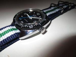 【送料無料】腕時計 ウォッチビンテージダイバーダイバーハウrewatch vintage diver taucheruhr hau 39 mm date 70er jahre