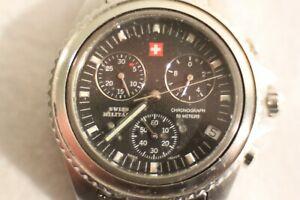 【送料無料】腕時計 スイスミリタリークロノグラフグロブレスレットmontre swiss military chronographe splendide gros cadran de 40mm bracelet inox