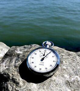 【送料無料】腕時計 ビンテージメンターvintage mentor swiss metal 15 second functioning stop watch