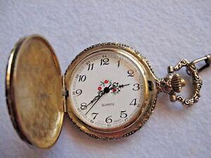 【送料無料】腕時計 ゴールドシルバートーンポケットチェーンウォッチ
