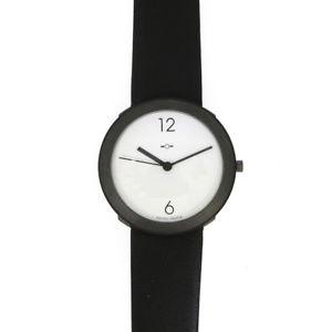 【送料無料】腕時計 ブラックホワイト