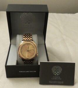 【送料無料】腕時計 ドルビンスステンレススチールベゼルゴールドトーンブレスレット175 nib vince camuto stainless steel bezel gold tone bracelet watch vc1099chgp