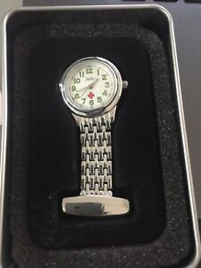 【送料無料】腕時計 レディースフォブホワイトウォッチladies genuine reflex nurses fob watch white 1250001