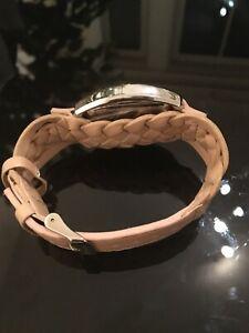 【送料無料】腕時計 ライトピンクボックスデザイナーアレクサンドラバークウォッチmothers day designer alexandra burke watch in a very beautiful light pinkbox