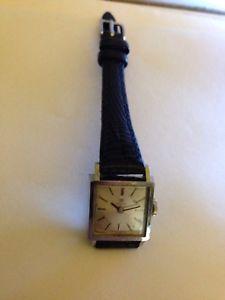 【送料無料】腕時計 ティソレディーススクエアビンテージtissot ladies square vintage