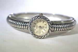 【送料無料】腕時計 シルバーカジュアルローマアナログウォッチrumors quartz silver tone womens casual detailed roman numeral analog watch