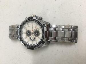 【送料無料】腕時計 スポーツシルバークールウォッチcurren cool sport watch water resistant silver color