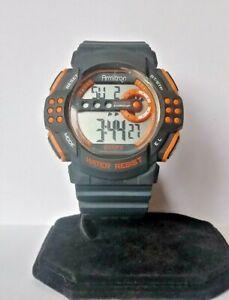 【送料無料】腕時計 スポーツデジタルアラームクロノグラフクォーツメンズトロンメートルmens armitron sports digital alarm chronograph quartz watch wr 100 meters 0195