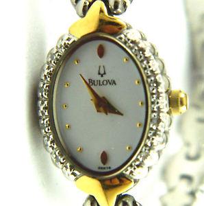 【送料無料】腕時計 ベゼルクリスタルレディースウオッチメーカーladies bulova wristwatch with crystal in the bezel